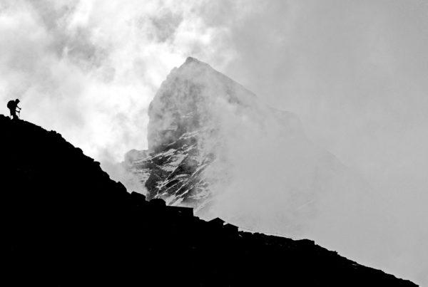 På vej mod toppen af Toblerone bjerget, Matterhorn